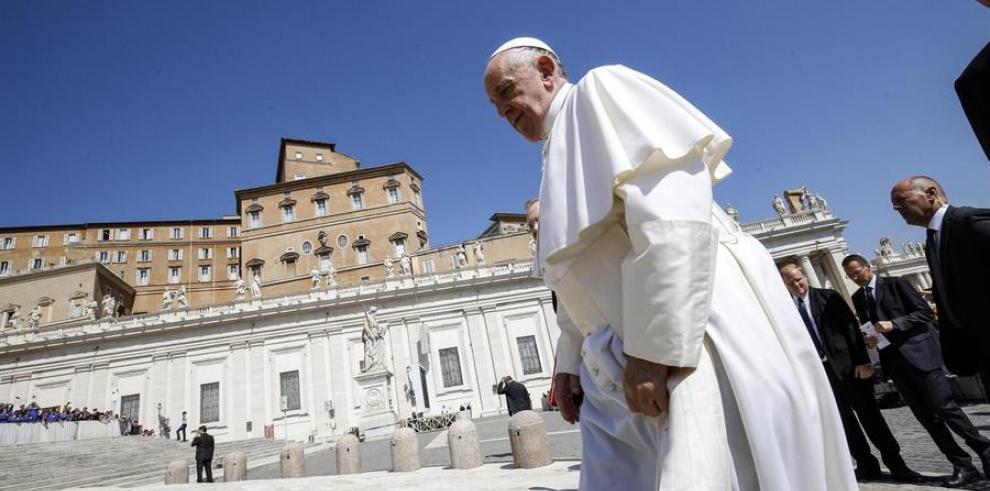 El papa pide reconciliación frente a las divisiones que amenazan la paz
