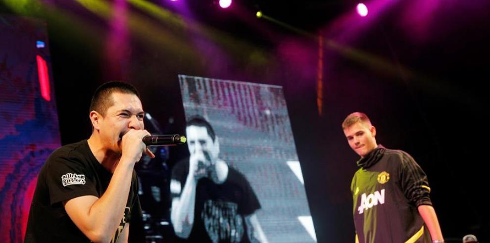 Las rimas de Bnet y Aczino deslumbran en la FMS Internacional de Valencia