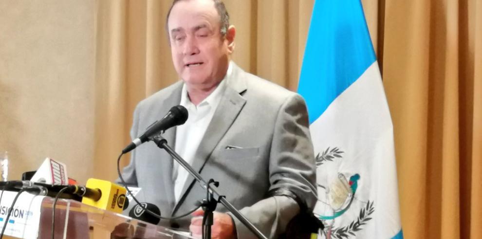 Giammattei desconocerá cualquier relación con Venezuela cuando sea presidente