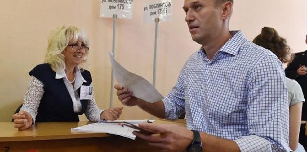 Rusia vota en unas elecciones empañadas por las masivas protestas opositoras