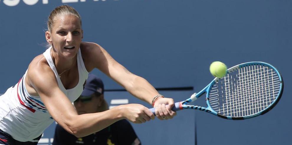 Konta sorprende a Pliskova, tercera favorita, y jugará los cuartos de final