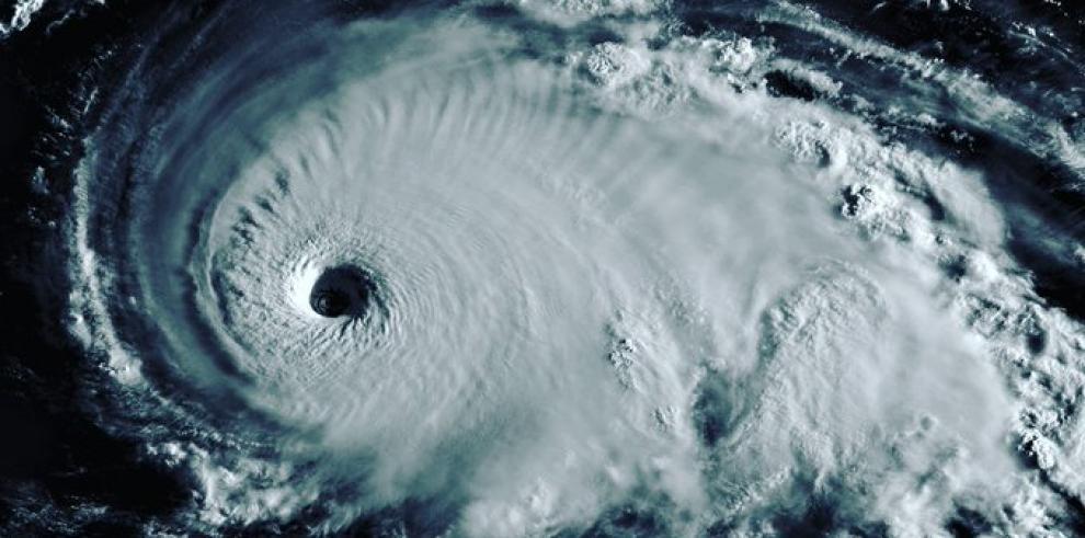 El poderoso Dorian de categoría 5 toca tierra en el Cayo Elbow de Bahamas