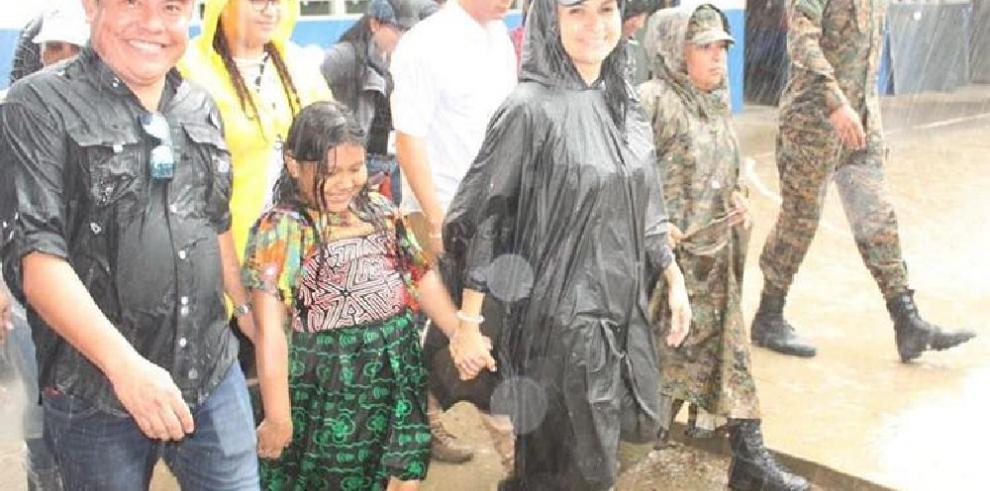 Ministra Markova Concepción recorrió Ailigandí, Narganá y Tubualá en la Comarca Guna Yala
