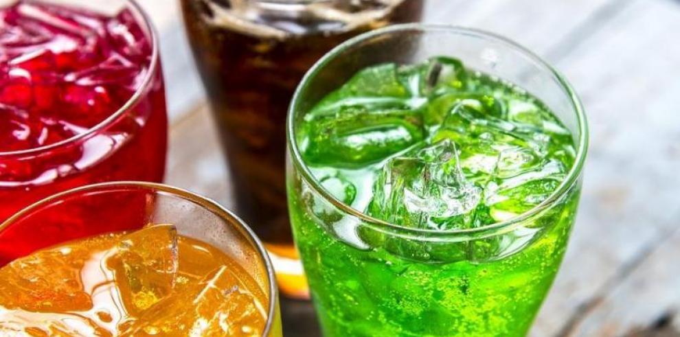Consumo de bebidas gaseosas está vinculado con un mayor riesgo de muerte