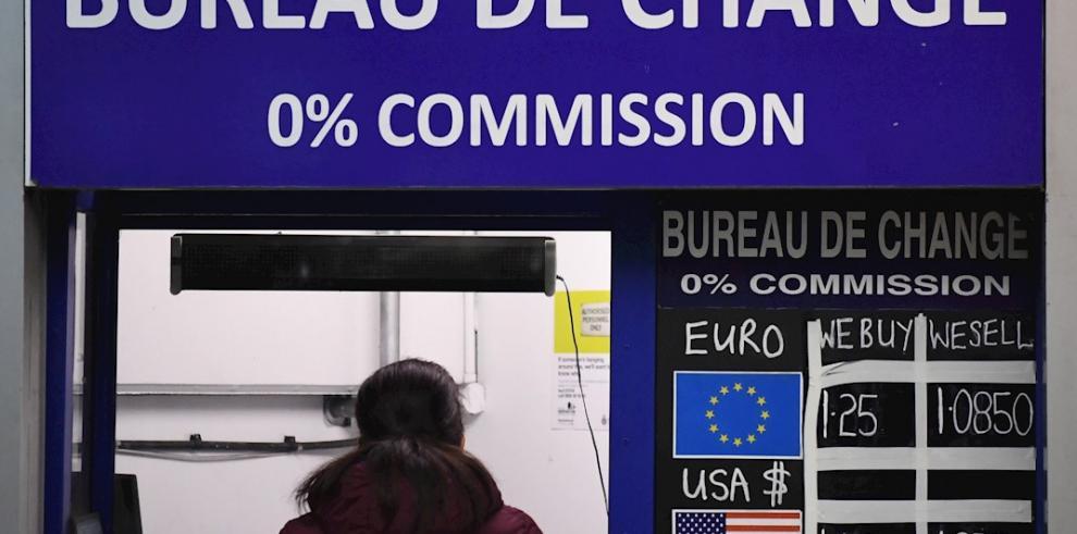 La libra recupera los 1.2 dólares tras tocar mínimos de 34 años por el brexit