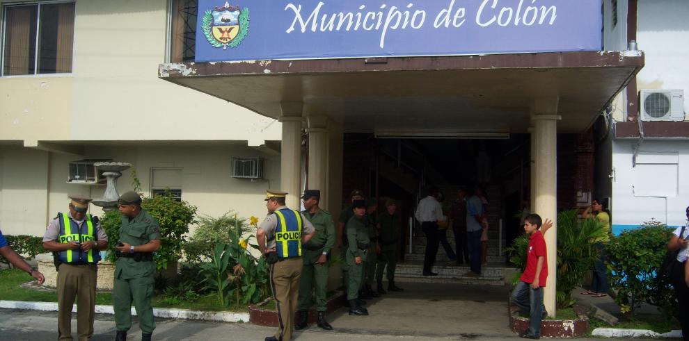 Toque de queda en Colón; autoridades condenan intento de homicidio a plena luz del día