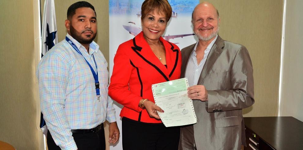 Zona Libre de Colón aporta $644,000 a cinco municipios y la Gobernación de Colón