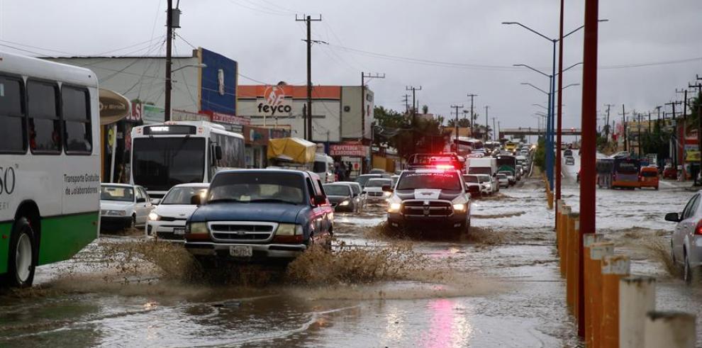 Tormenta tropical Ivo puede traer más inundaciones en noroeste de México