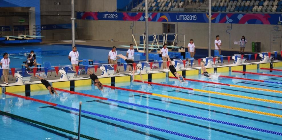 Delegación panameña de natación inicia su participación en los Parapanamericanos