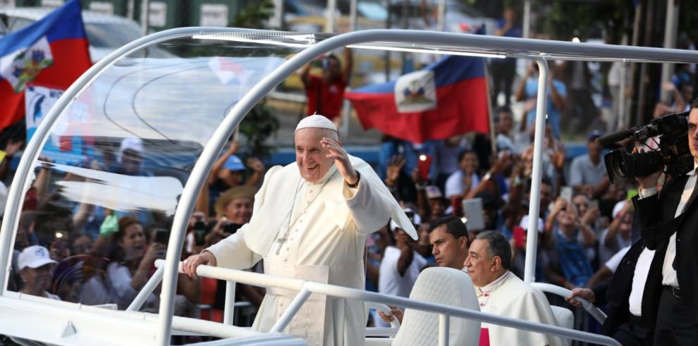 'Panama, land of summons and dreams', Pope Francis