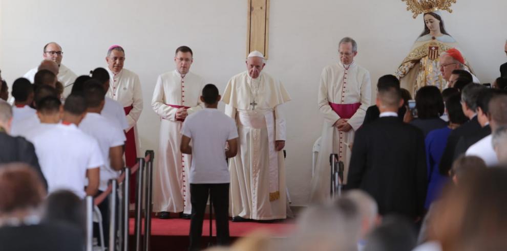 Jueza otorga medida cautelar a menor que habló con el papa Francisco