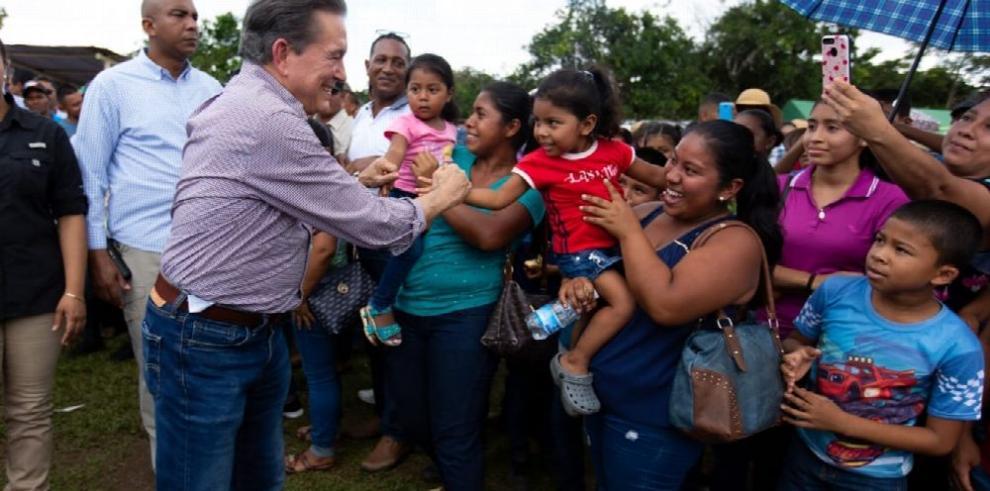 Ponen en marcha proyecto para combatir la pobreza