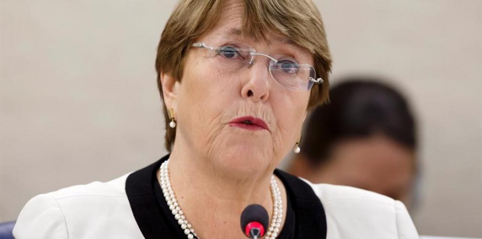 Bachelet niega vínculo con la brasileña OAS por una presunta donación de dinero