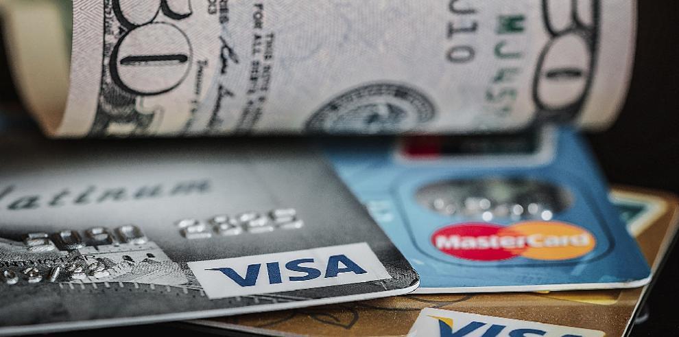Ficohsa y St. Georges Bank con las tasas de interés más alta en las tarjetas de crédito