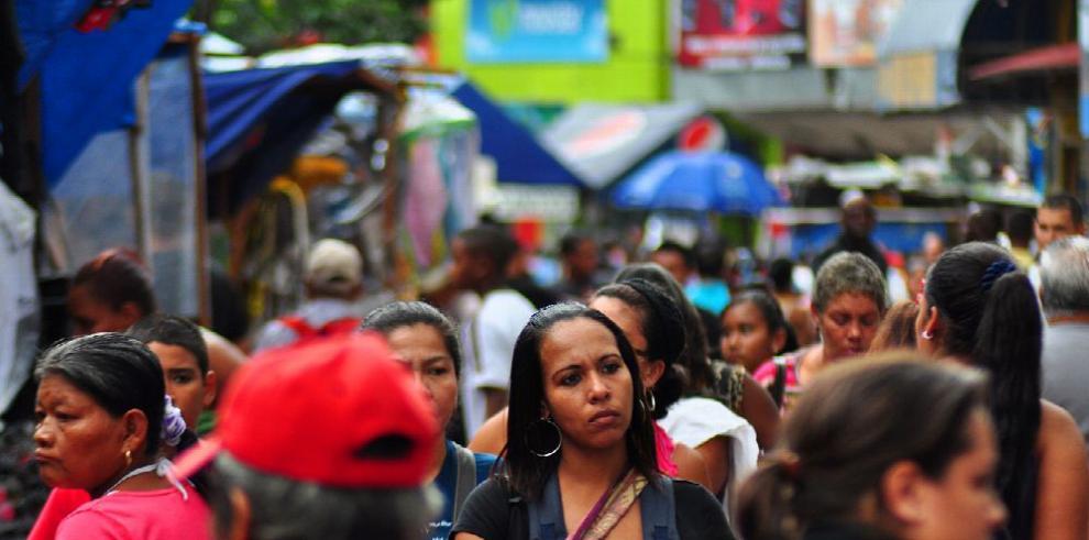 Un empleo remunerado no garantiza la salida de la pobreza, advierte la Cepal