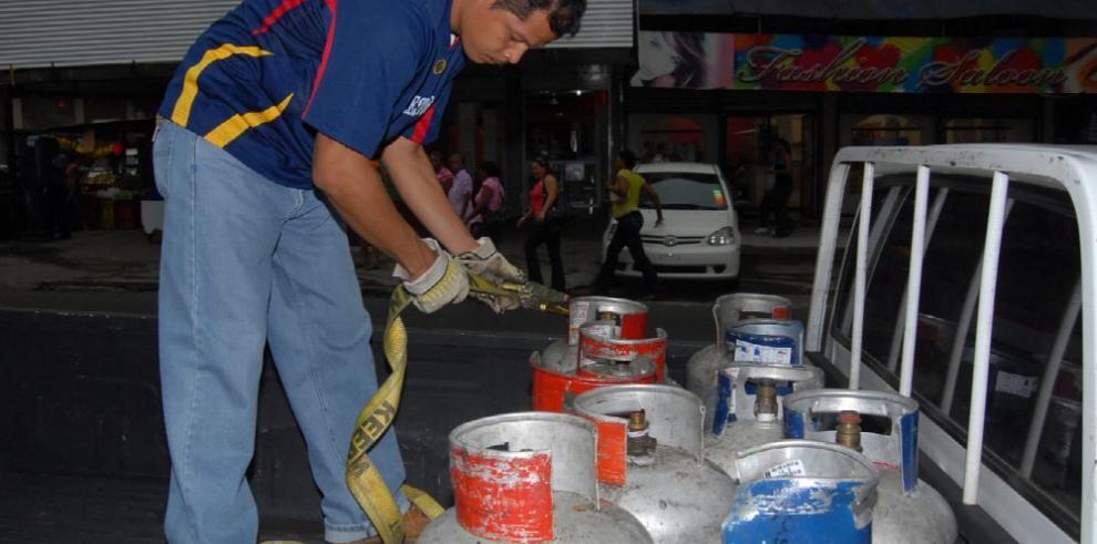 Restaurantes se hacen pasar por fondas para usar el gas subsidiado