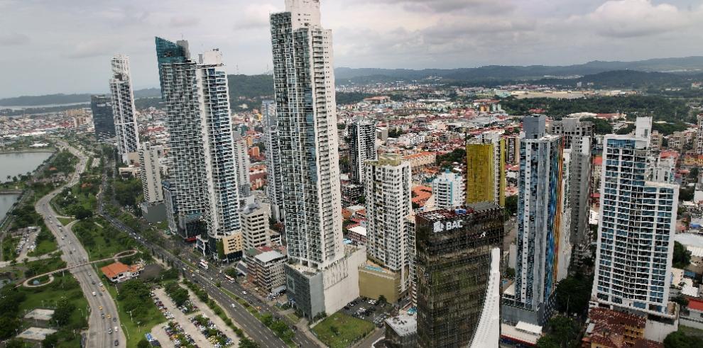 Icefi: Panamá la economía que más crece, pero debe mejorar su recaudación