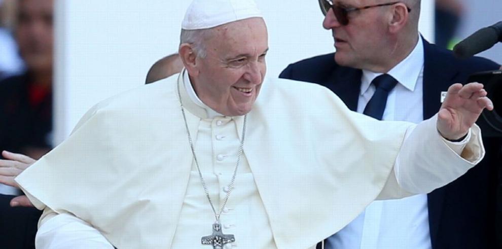 Francisco escribe una nueva página en la historia papal