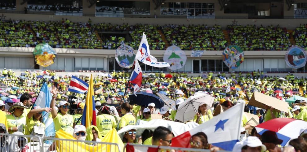 El Papa pondera la solidaridad y se despide de Panamá