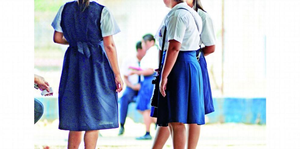 Disminuyen los embarazos en menores de edad