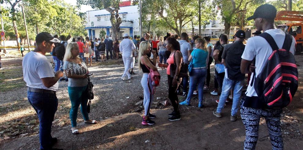 Regocijo entre los emprendedores cubanos por nueva facilidad para ir a Panamá