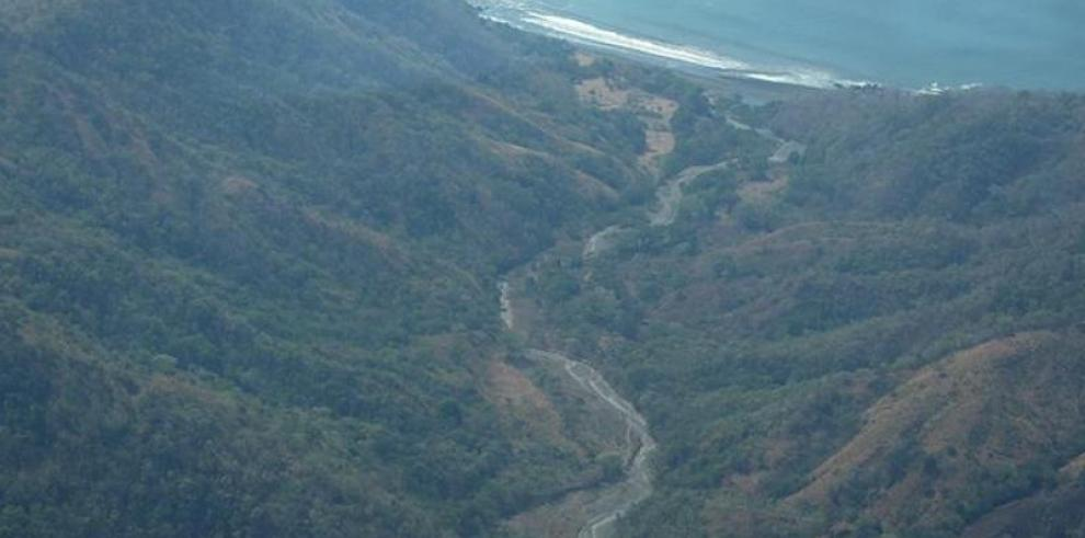 Nueva generación de mineros y ambientalistas defienden Cerro Quema