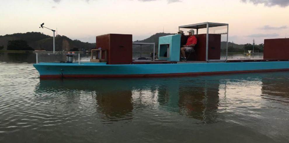 Prácticos del Canal capacitan a capitanes brasileños