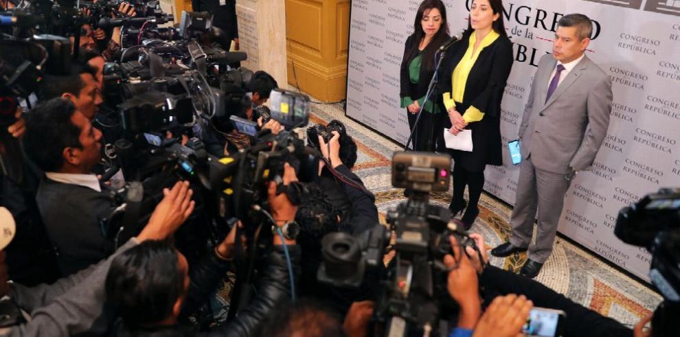 Presión de Vizcarra surte efecto en Perú