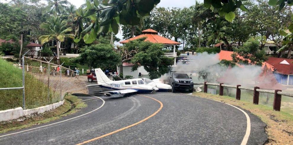 Aeronave pierde el control y se sale de la pista en Isla Contadora