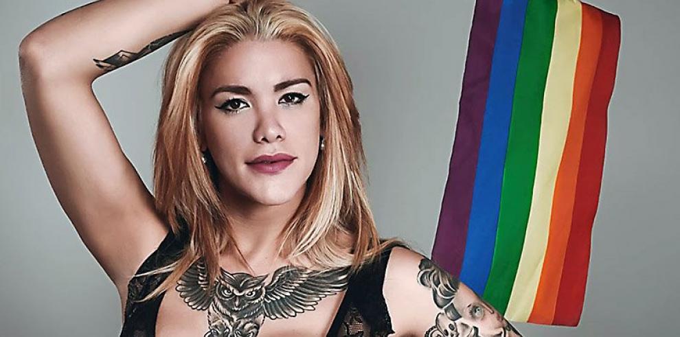 Ayelén Beker, la voz de la cumbia que reclama cupo laboral trans en Argentina