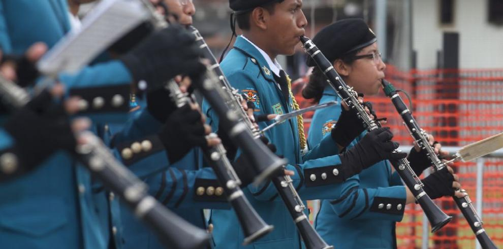 Panamá celebra 115 años de vida republicana con desfiles y dianas