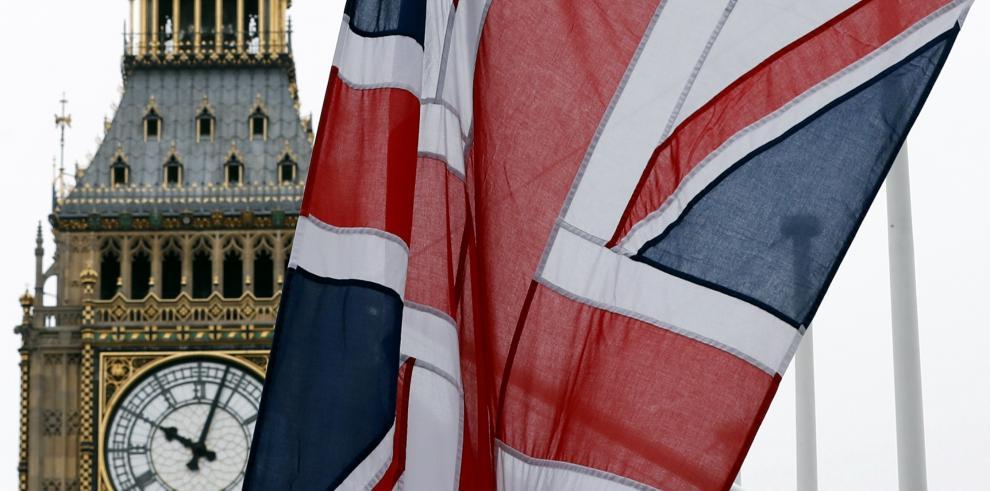 Brexit costará más dinero a los contribuyentes, según estudio