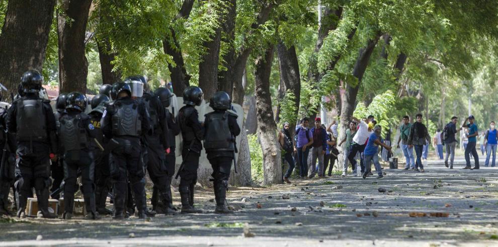 Segundo día de violencia en Nicaragua por reformas a la seguridad social