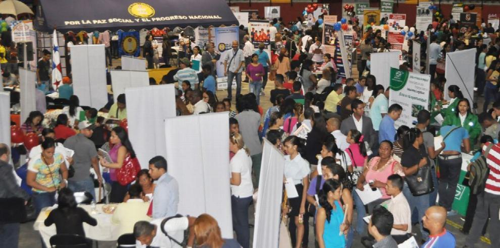 Mitradel extiende el calendario nacional de ferias de empleo