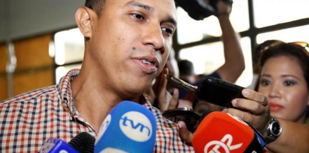 Condenan a Félix Moulanier por denunciar supuesta compra política
