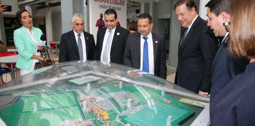 Panamá construirá centro de alto rendimiento para la selección de fútbol