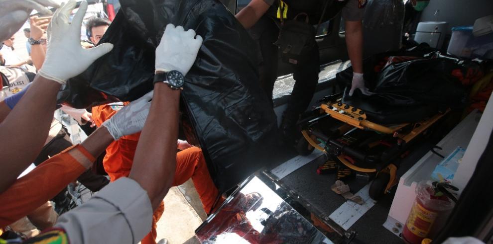 Avión de Lion Air se estrella con 188 ocupantes en mar de Java, en Indonesia