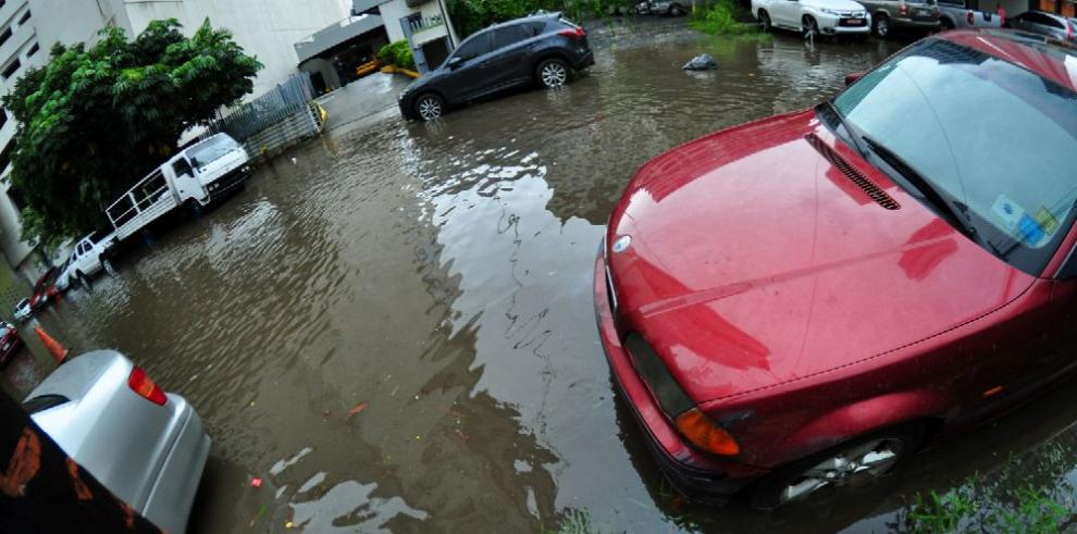 'Inundaciones, producto del cambio climático y un sistema ineficaz'