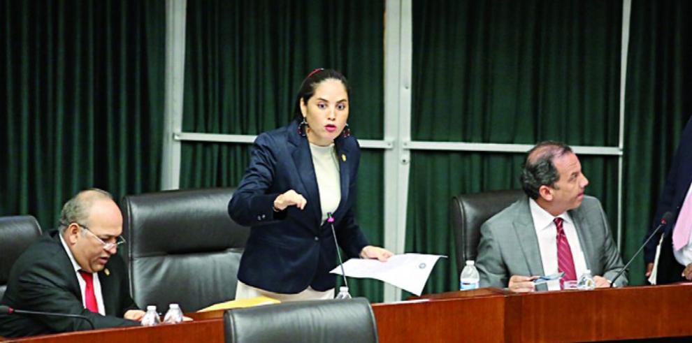 Rodríguez presenta ley para eliminar partida discrecional