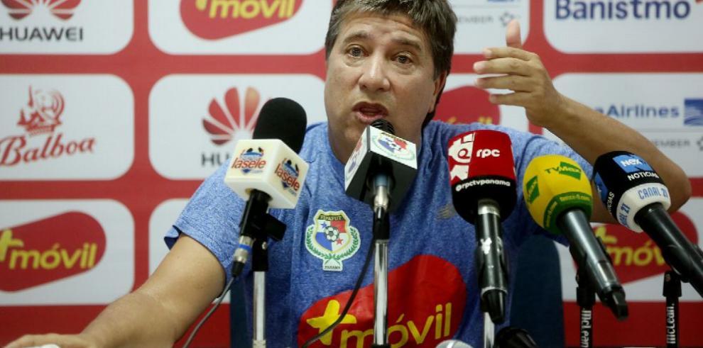 'Bolillo' se despide del fútbol panameño