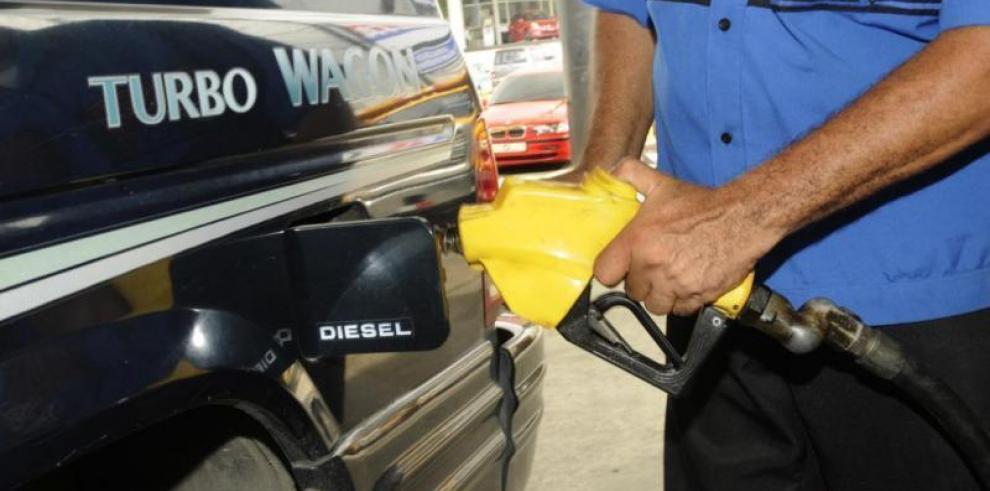 Anuncian nuevos precios del combustible