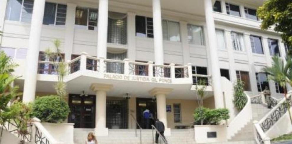 Prohiben salida para 6 imputados por fuga de reo israelí