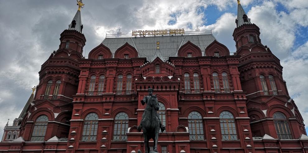 Los mejores colores de Rusia a través de móvil con inteligencia artificial