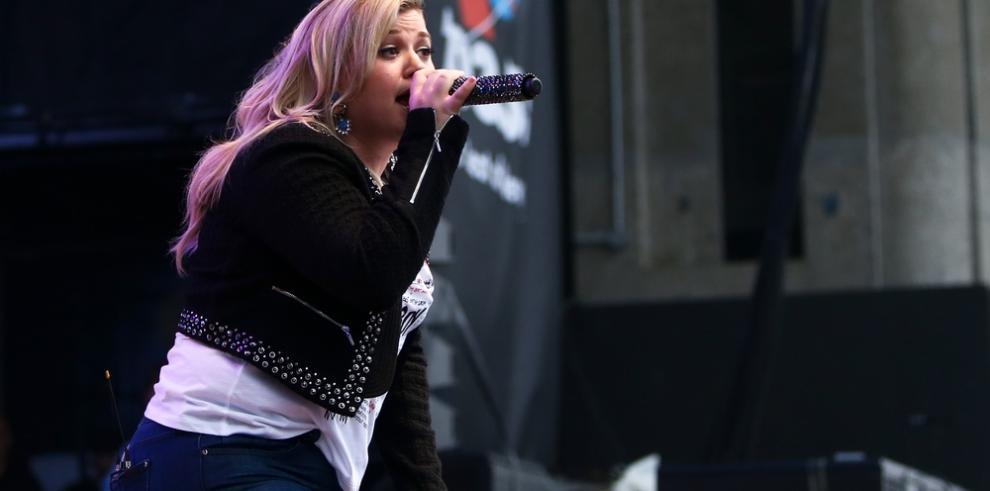 Kelly Clarkson presentará la ceremonia de entrega de los premios Billboard