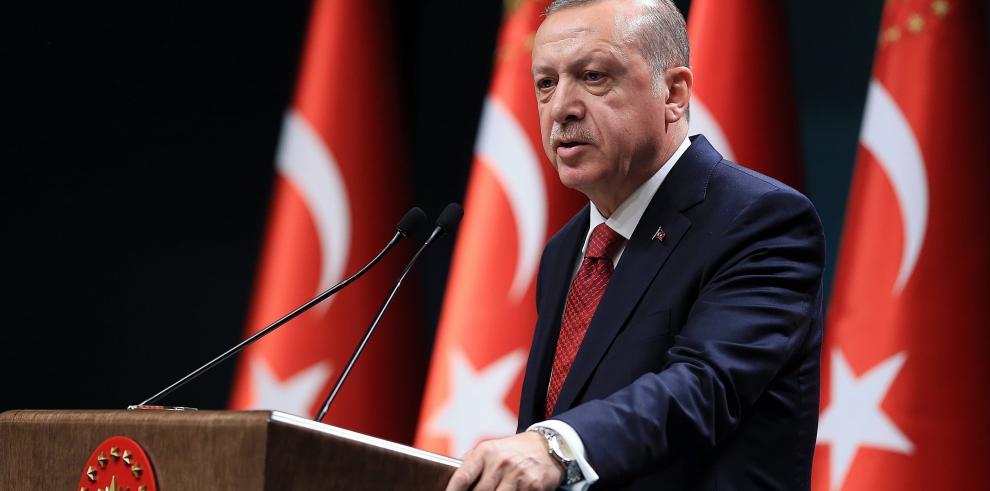 Erdogan adelanta un año y medio las elecciones turcas, al 24 de junio