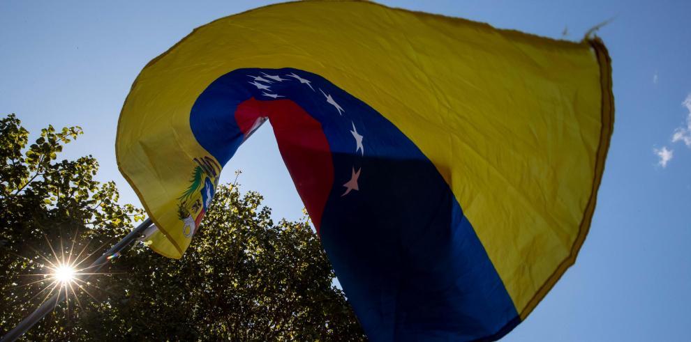 España y Venezuela anuncian restablecimiento de relaciones diplomáticas