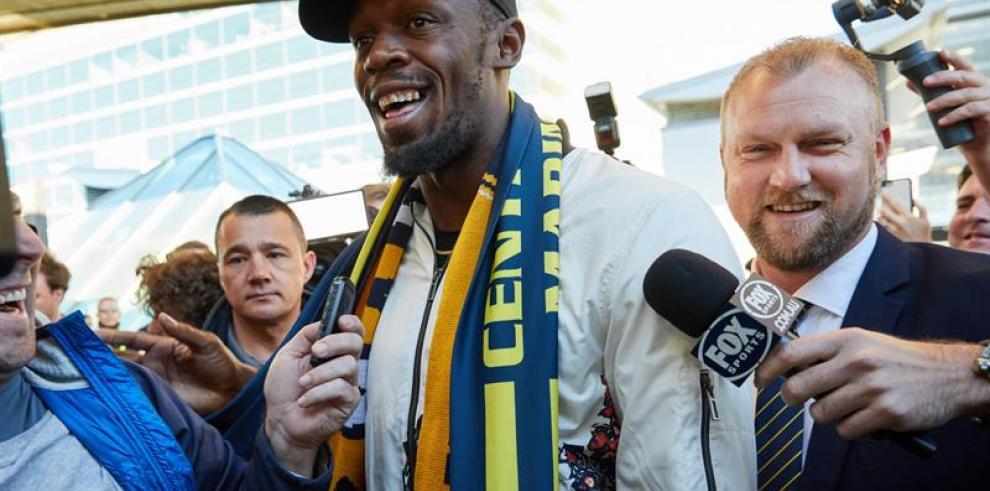 Usain Bolt probará suerte con el fútbol