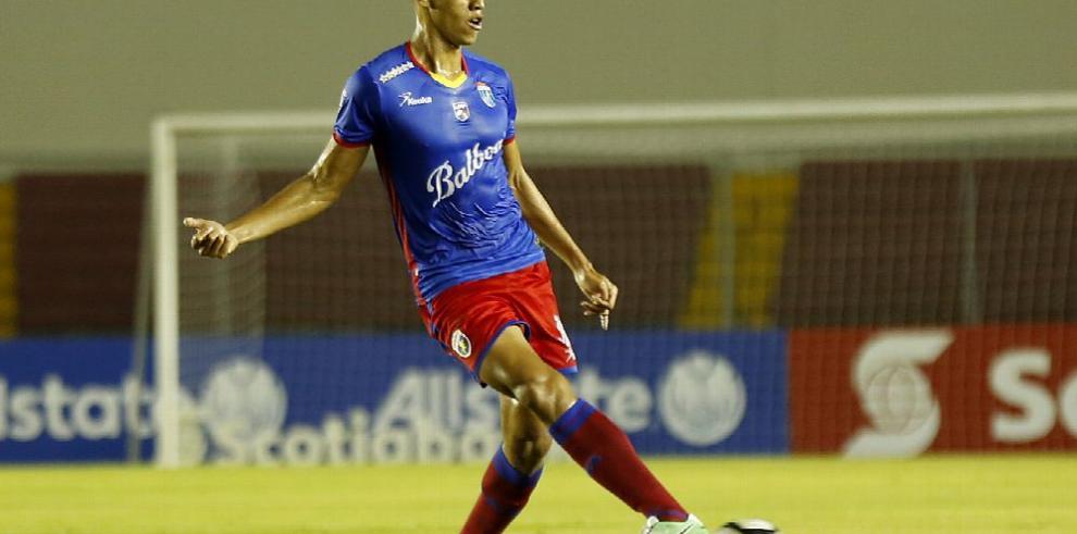 Panamá espera su liga de fútbol