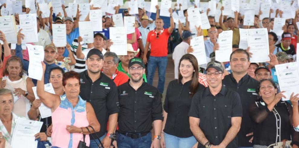 Anati entregó 1,000 títulos de propiedad en la provincia de Chiriquí