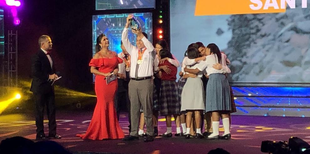 Diomedes Santos de Panamá Oeste gana el Concurso Nacional de Oratoria 2018